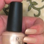 OPI B79 Sand In My Suit_s