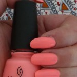 China Glaze CG-81320 Neon and On and On_t